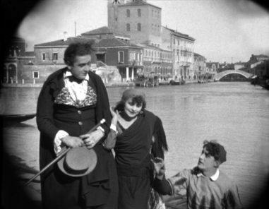 A Season of Classic Films: Cikáni