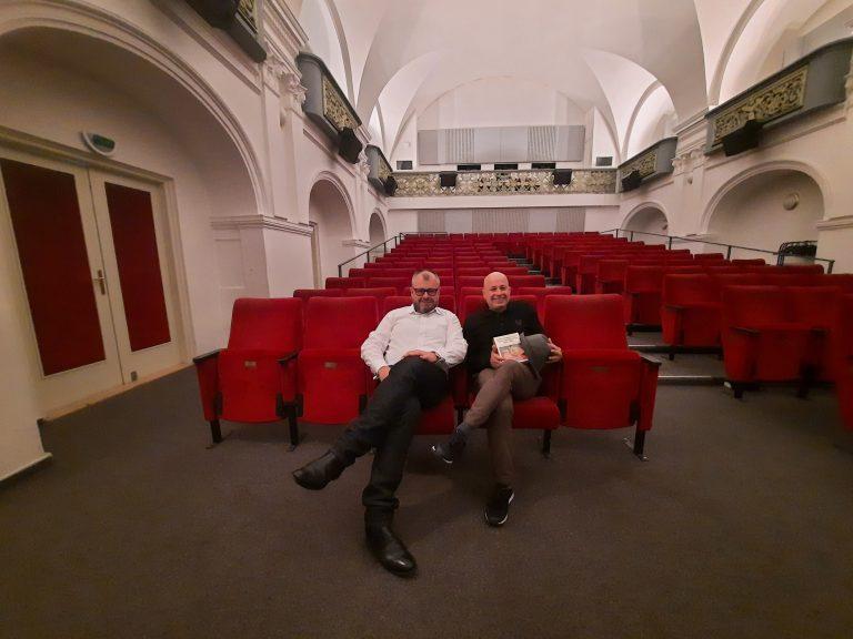 Cahiers byly vždy napojeny na aktuální dění v kinematografii. Rozhovor s Arielem Schweitzerem